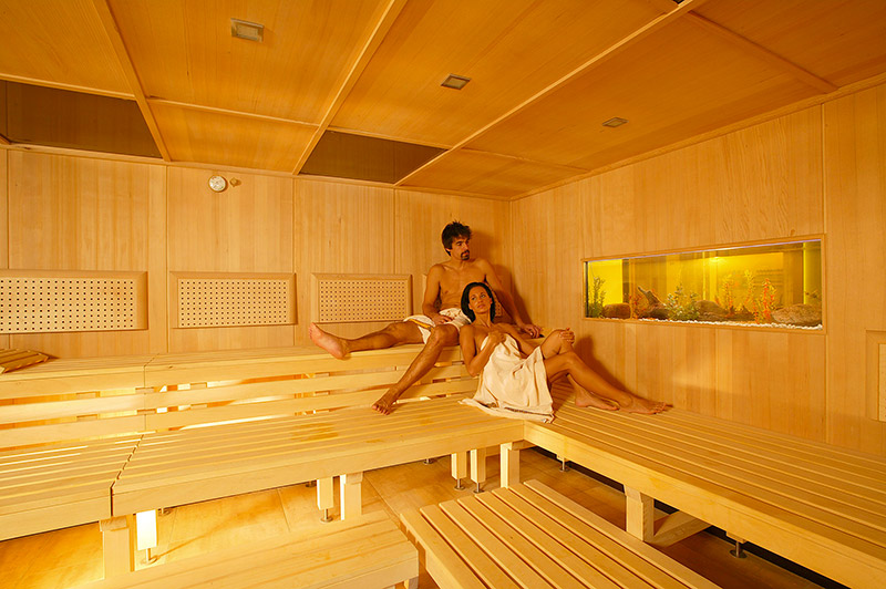propos comparatif et guide d 39 achat du meilleur sauna. Black Bedroom Furniture Sets. Home Design Ideas